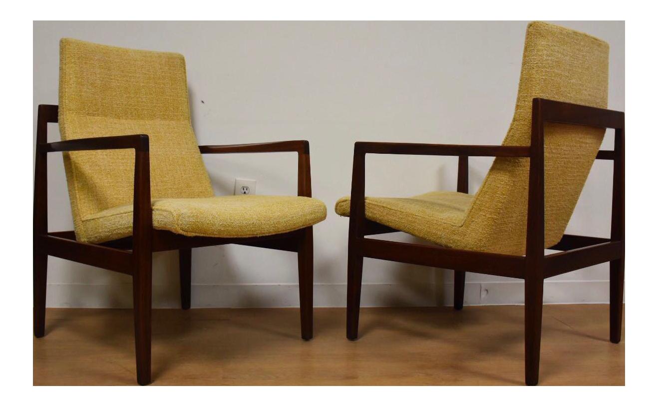 Bon Jens Risom Walnut Lounge Chairs   A Pair