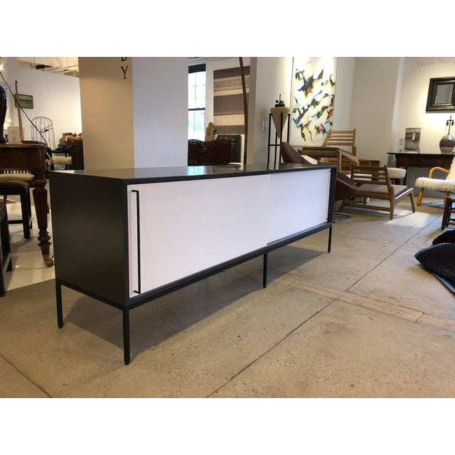 Re 379 Credenza in Wrought Iron With White Doors on Black Base For Sale - Image 4 of 13