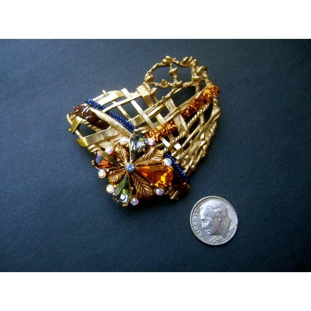 Christian Lacroix Christian Lacroix Paris Gilt Metal Crystal Heart Brooch For Sale - Image 4 of 6