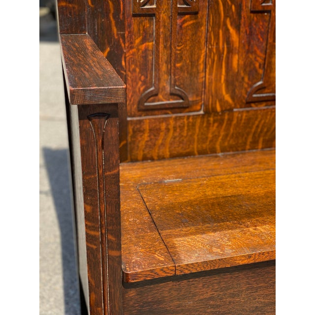 Antique Arts & Crafts Quartersawn Oak Carved Hall Tree Bench W/ Mirror For Sale - Image 9 of 13