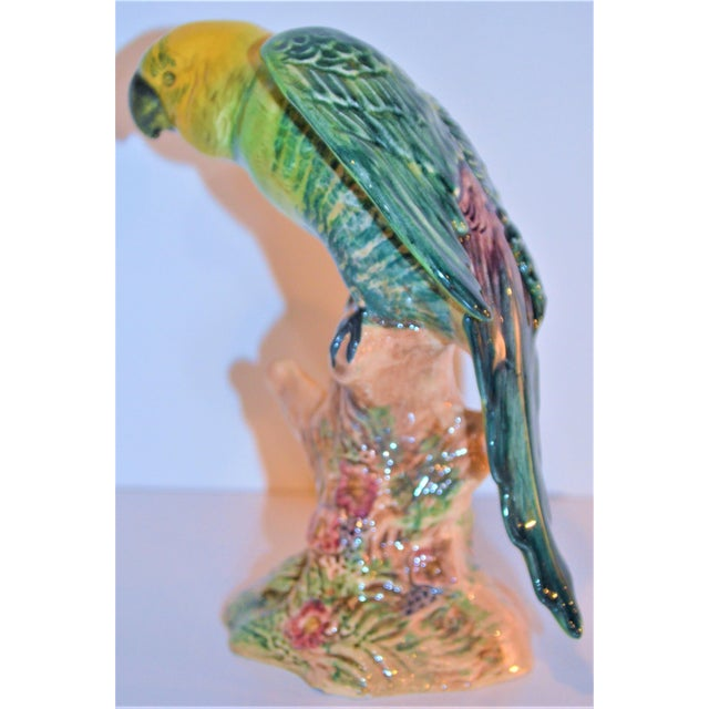 English Vintage Beswick English Porcelain Yellow Headed Parrot Figurine For Sale - Image 3 of 7