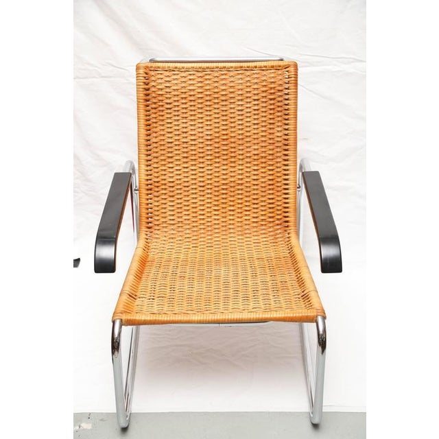 Gorgeous vintage condition Marcel Breuer B35 chair. This model has both the light and dark interchangeable armrests