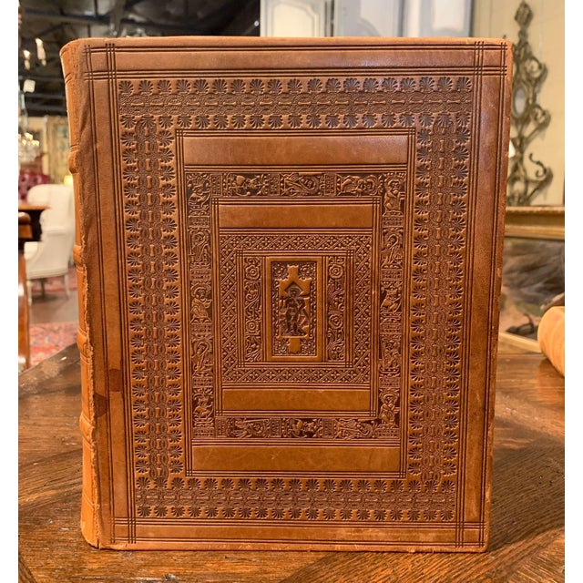 Mid-Century French Leather Bound Two-Volume Holy Bible Dated 1953 - Set of 2 For Sale - Image 4 of 13