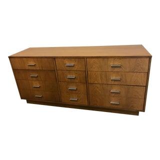 Mid Century Modern 9 Drawer Dresser