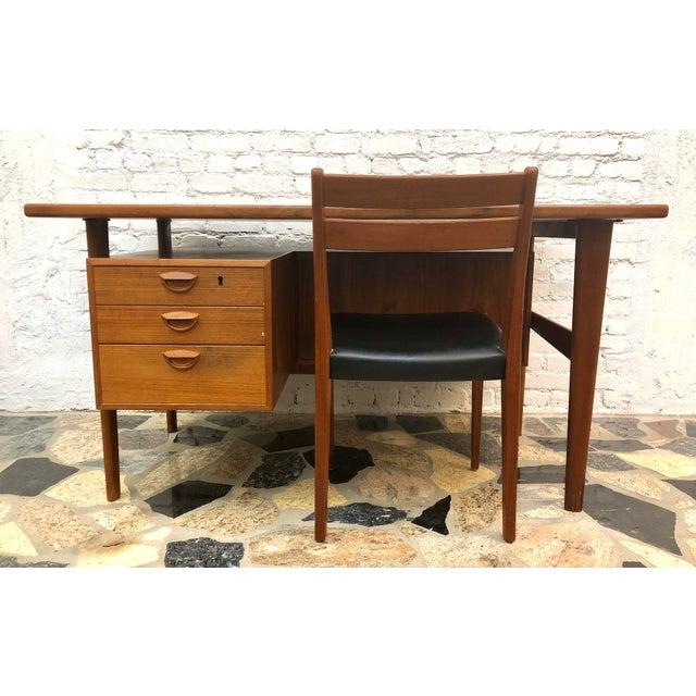"Mid-Century Danish Modern Sibast ""Floating"" Teak Desk & Chair For Sale - Image 13 of 13"