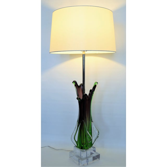 Antique Monumental Murano Glass Burgandy and Green Table Lamp With Lucite Base--Italy Italian Venetian Mid Century Modern Hollywood Regency - Image 10 of 10