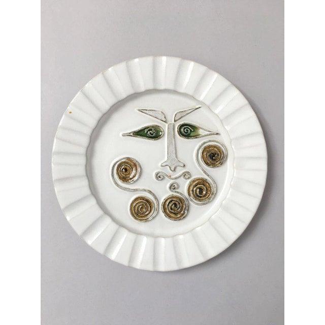 Ceramic Mid-Century Modern Bennington Potters White Decorative Plate For Sale - Image 7 of 9