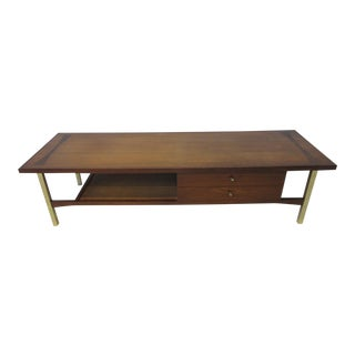 Walnut / Rosewood Mid Century Coffee Table by Heritage For Sale