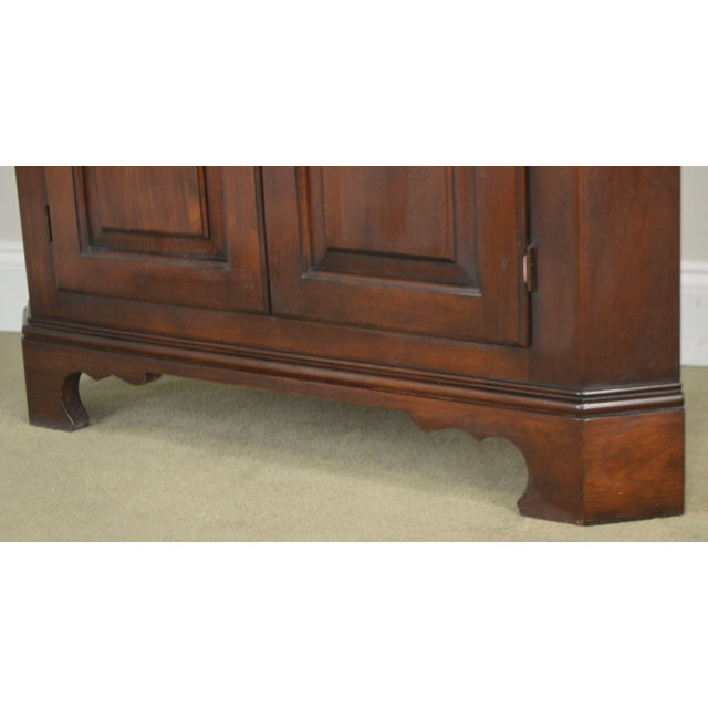 Wood Statton Old Towne Cherry Traditional Corner Cabinet For Sale - Image 7 of 12