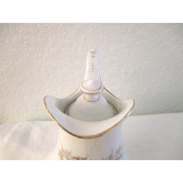 1920s White & Gold Porcelain Coffee Pot For Sale - Image 4 of 9