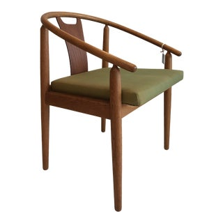 Vintage Mid-Century Fredericia Stolefabrik Curved Back Wishbone Chair For Sale