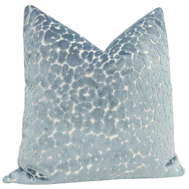 "Contemporary 22"" Cerulean Blue Leopard Cut Velvet Pillows - a Pair For Sale - Image 3 of 5"
