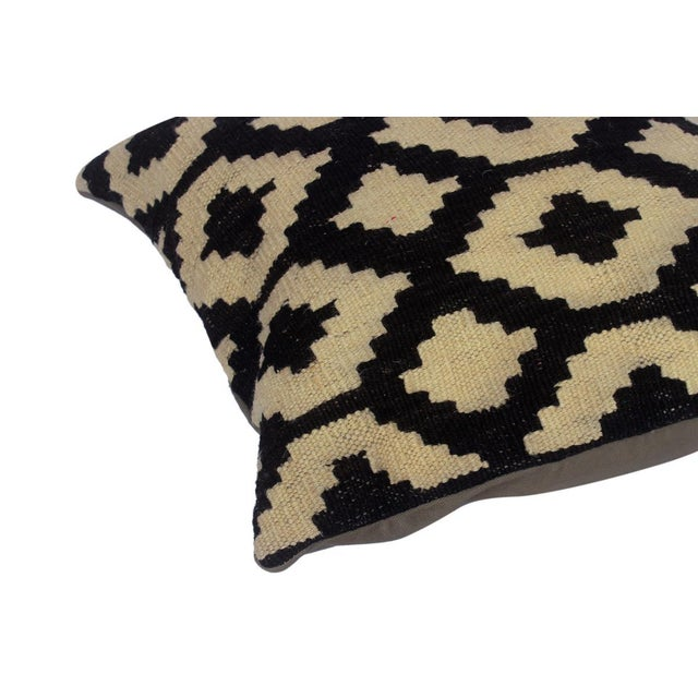 "Asian Desiree Black/Ivory Hand-Woven Kilim Throw Pillow(18""x18"") For Sale - Image 3 of 6"