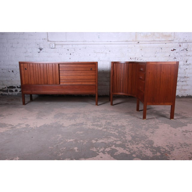 1950s Edward Wormley for Dunbar Curved Two-Piece Corner Credenza For Sale - Image 10 of 13