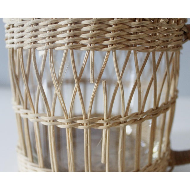 Tan Vintage Wicker & Glass Serving Pitcher and Cups Set of 7 Mid Century Boho For Sale - Image 8 of 9