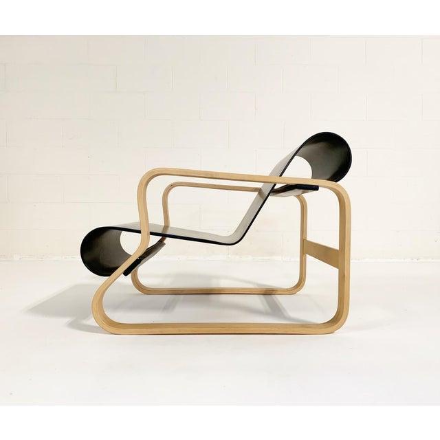 """Contemporary Alvar Aalto Armchair 41 """"Paimio"""" Lounge Chair For Sale - Image 3 of 11"""