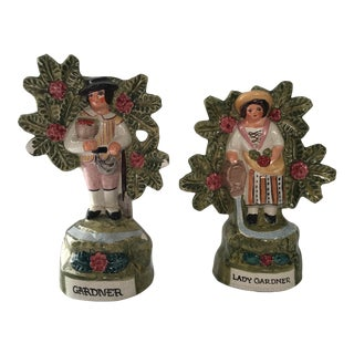 Staffordshire Gardeners - A Pair