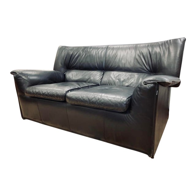 B&b Italia Lauriana Black Leather Loveseat Sofa by Afra &Tobia Scarpa For Sale