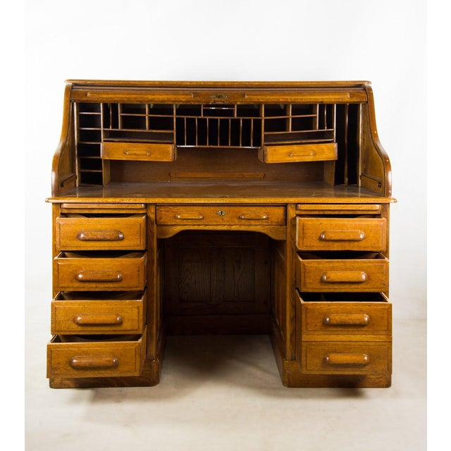 American Classical Antique American Classic Oak Rolltop Writing Desk For Sale - Image 3 of 13
