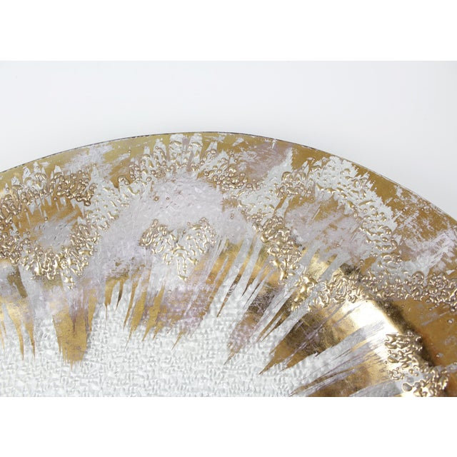 Mid 20th Century Dorothy Thorpe Glass Serving Tray Platter Gold Mid Century Starburst For Sale - Image 5 of 9