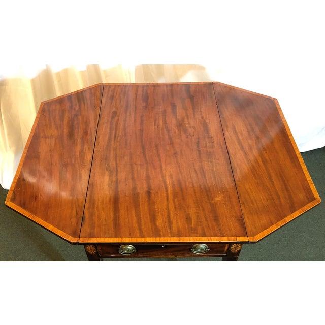 Antique English Sheraton Pembroke Table, Circa 1790-1800. For Sale - Image 4 of 6