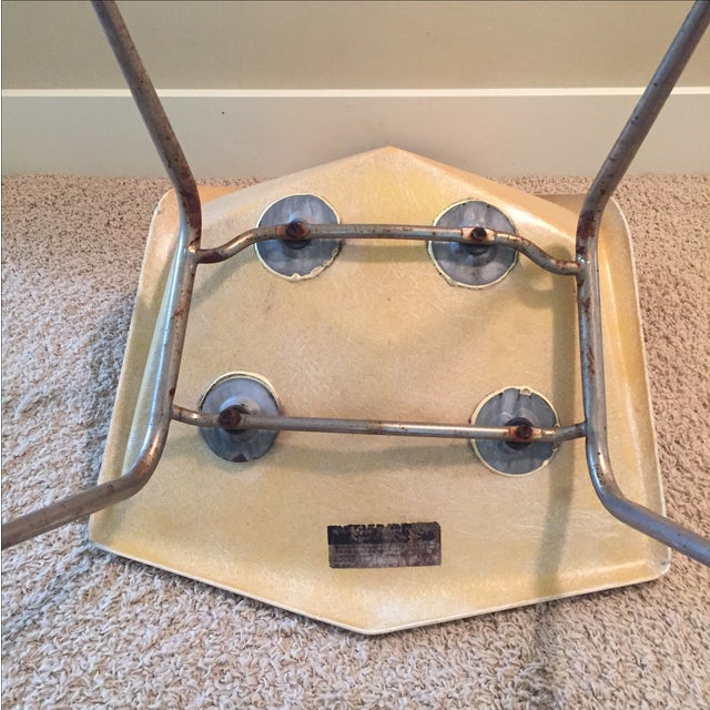 Paul McCobb Origami Fiberglass Chair - Image 6 of 9