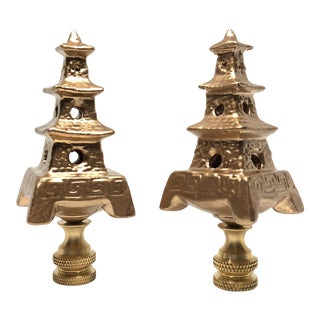 Chinoiserie Gold Porcelain Pagoda Lamp Finials - a Pair For Sale