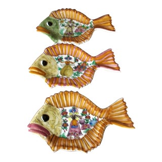 Skyros Fish Plates - Set of 3 For Sale