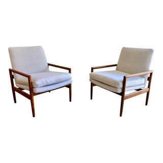 Milo Baughman for Thayer Coggin Lounge Chairs - a Pair For Sale