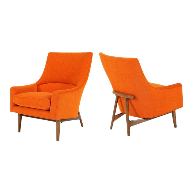 Pair of Cedrick Lounge Chairs For Sale
