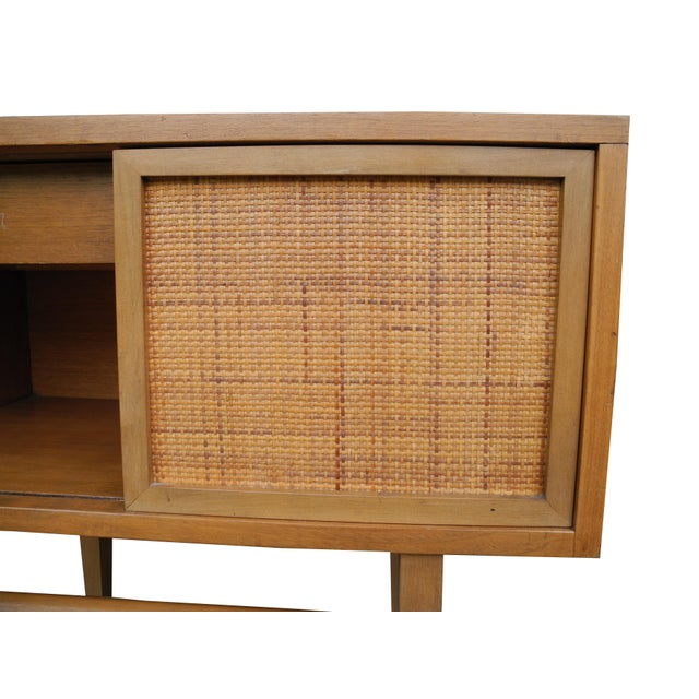 Wood 1950's Mid-Century Modern Single Maple Nightstand For Sale - Image 7 of 9