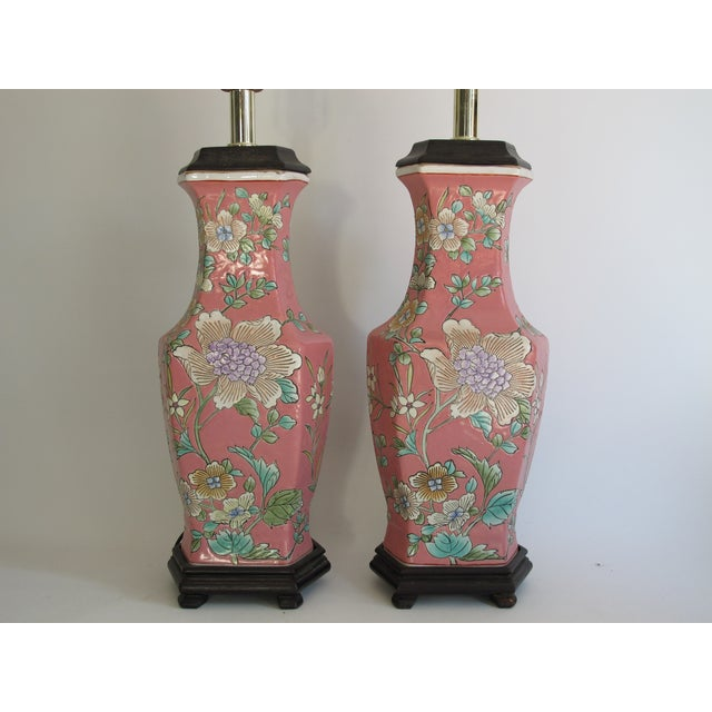 Vintage 1930s Pink Chinoiserie Lamps - A Pair - Image 3 of 10