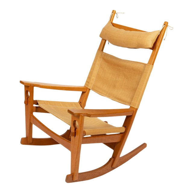 Keyhole Rocking Chair by Hans Wegner For Sale