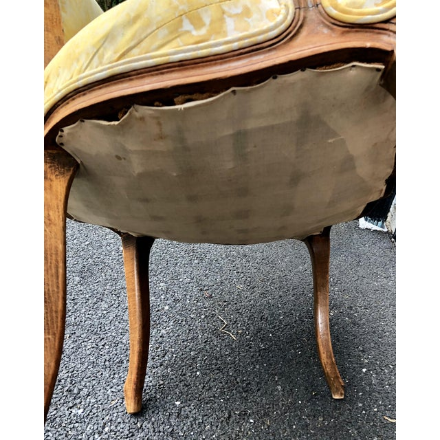 French 19th Century Louis XV Fauteuil in Fortuny Fabric For Sale - Image 3 of 12
