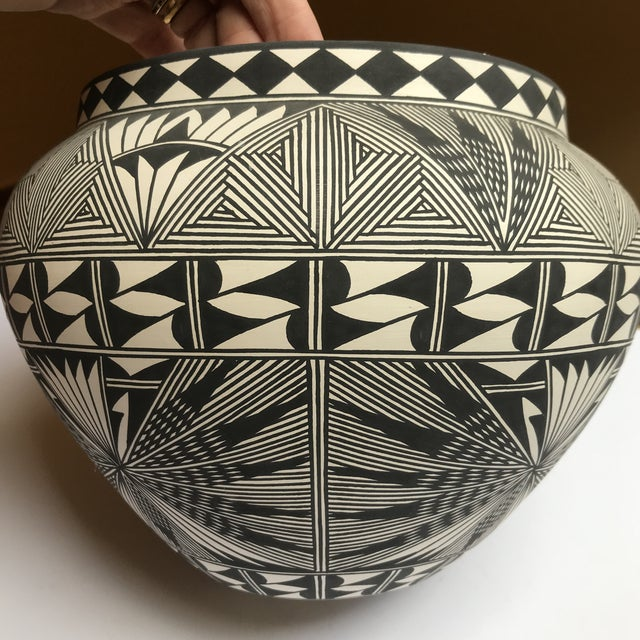 Native American Acoma Pueblo Pottery Polychrome Bowl Signed Chino For Sale - Image 3 of 13