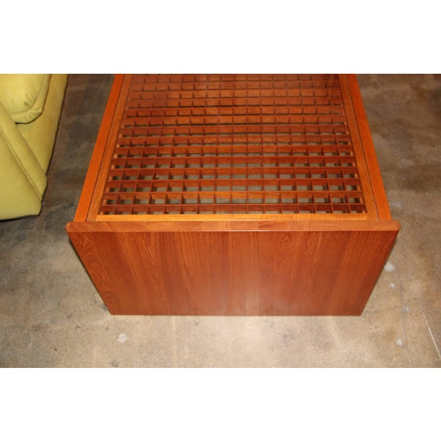 Artisan Craft Made Lattice Top Coffee Table For Sale - Image 4 of 10