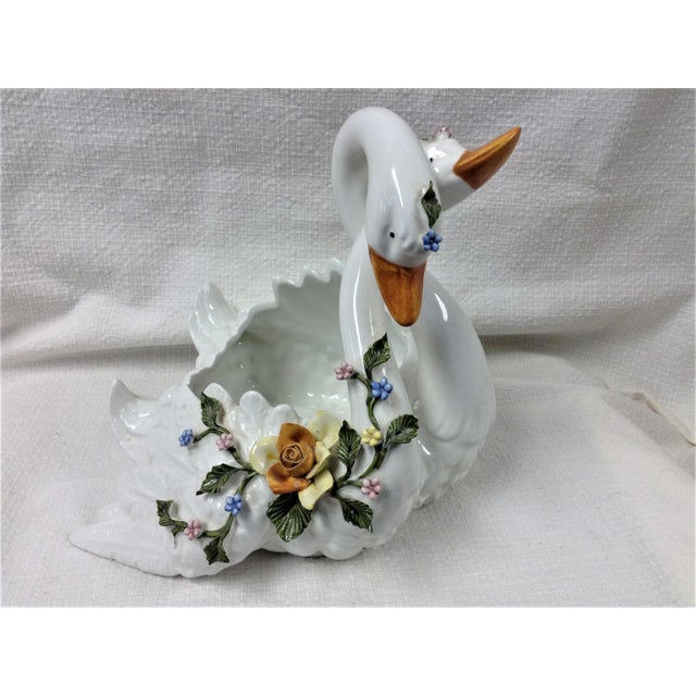 White Capodimonte Entwined Swans - A Pair For Sale - Image 8 of 8