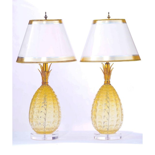 Vintage Murano Pineapple Lamps With Lucite Bases - a Pair For Sale - Image 4 of 4