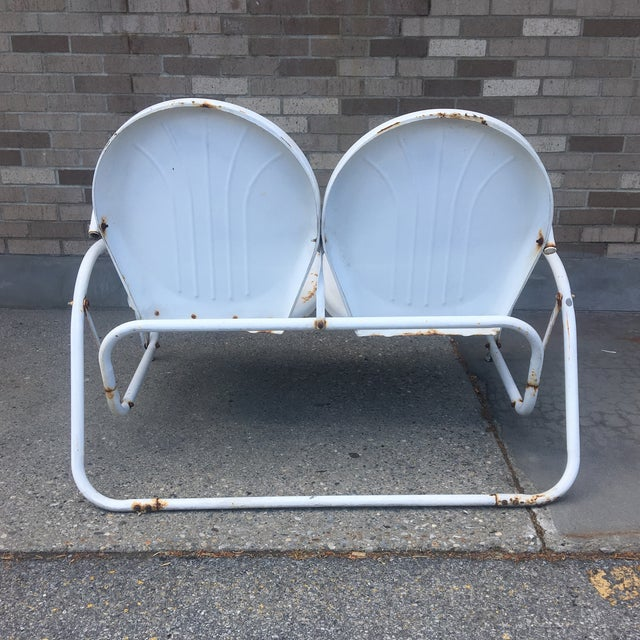 Vintage 1950's Bellaire Outdoor Metal Double Glider For Sale In New York - Image 6 of 7