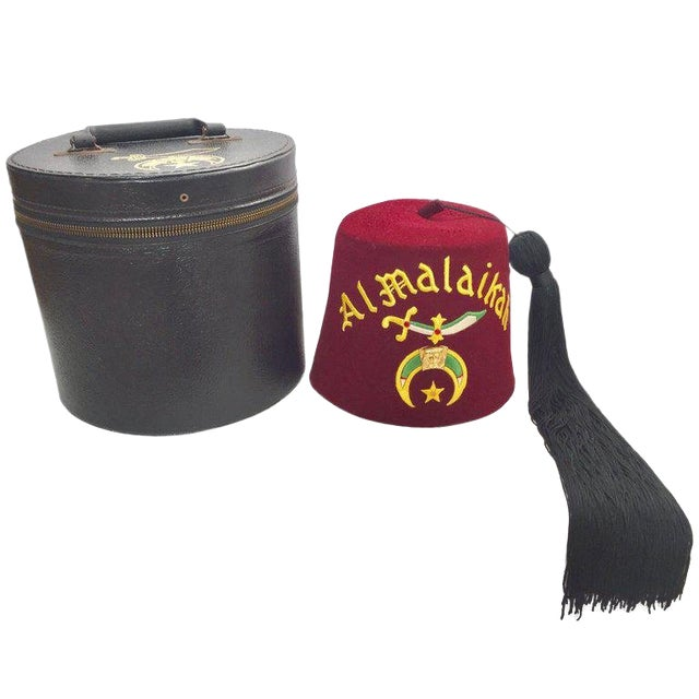 Al Malaikah Vintage Iconic Masonic Shriner Burgundy Wool Fez Hat in Original Box For Sale