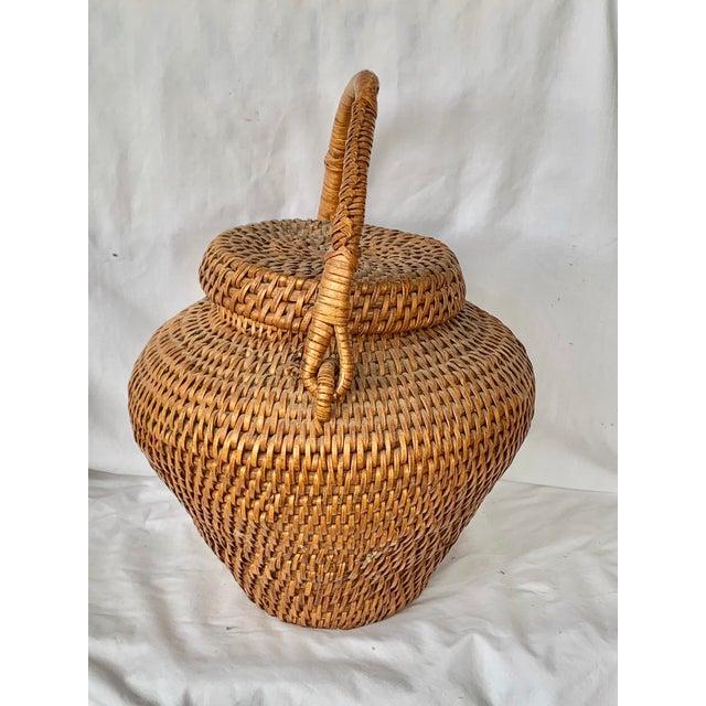 Vintage Large Lidded Basket For Sale In New Orleans - Image 6 of 13