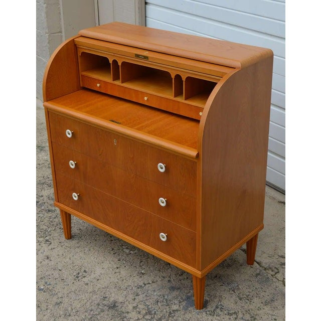 1940s Swedish Art Moderne Elm Roll-Top Secretary Writing Desk For Sale - Image 5 of 11