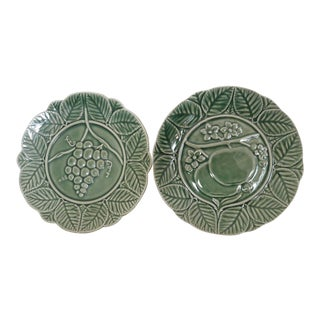 Majolica Fruit Motif Salad Plates Mint Grape & Apples - A Pair For Sale