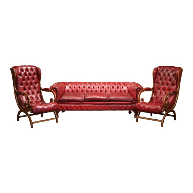 Large Midcentury Three-Piece English Chesterfield Set With Armchairs and Sofa For Sale
