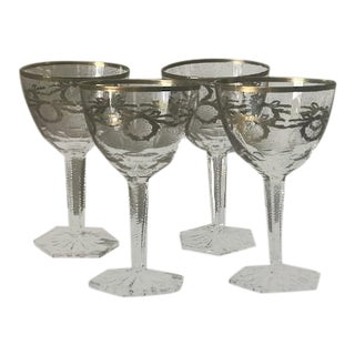 French Wine Glasses With St. Louis Gilt Decoration - Set of 4 For Sale