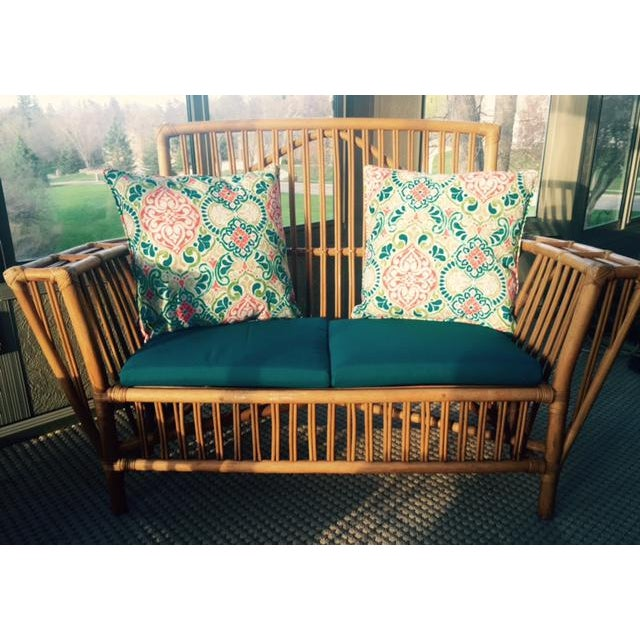 Used White Wicker Coffee Table: Rattan Settee & Matching Coffee Table/Ottoman