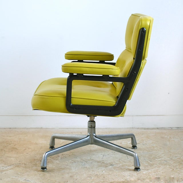 1960s Eames Time-Life Chair with Green Leather by Herman Miller For Sale - Image 5 of 10