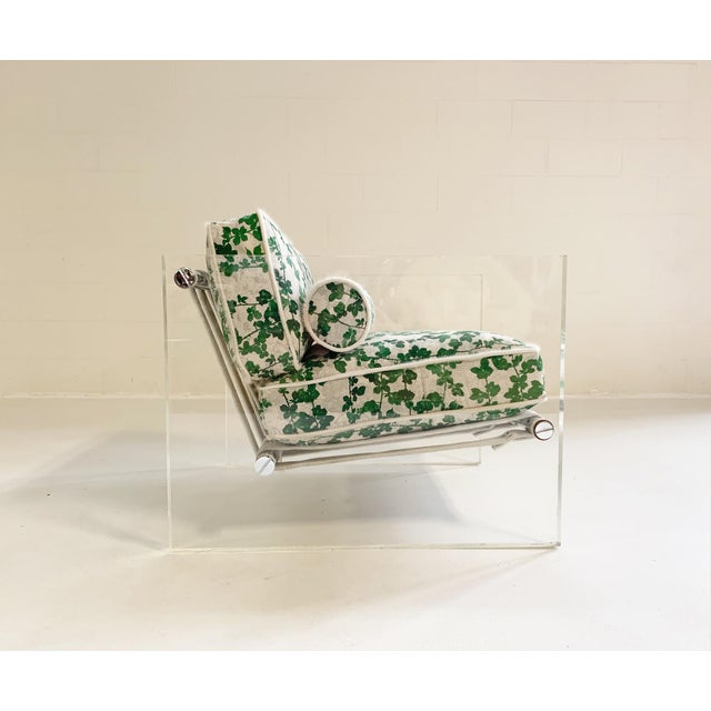 """Mid-Century Modern 20th Century Milo Baughman Lucite Slab Lounge Chair in Stevie Howell """"Brambles"""" For Sale - Image 3 of 13"""
