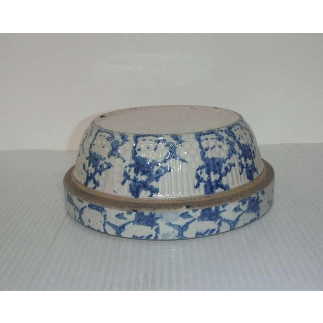 19th Century Blue and White Sponge Ware Pottery Bowl For Sale - Image 4 of 7