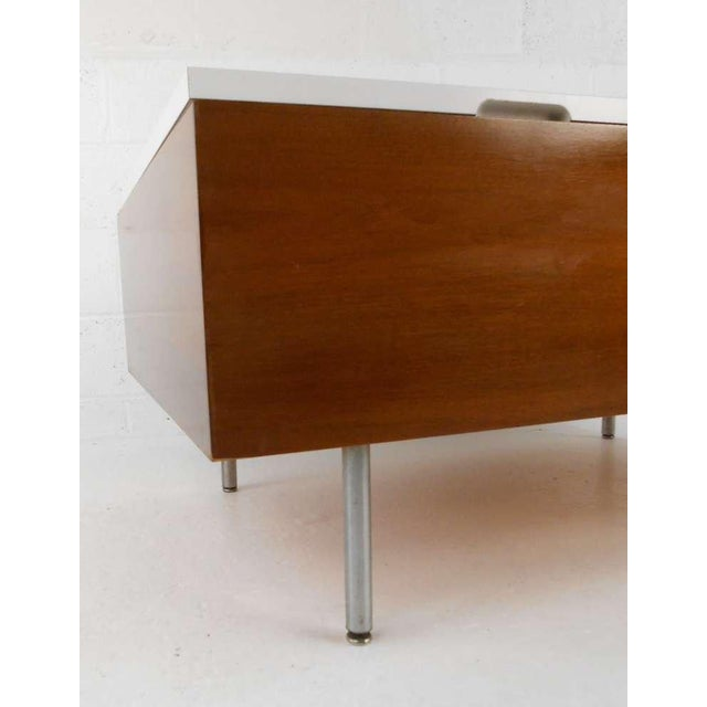 Walnut George Nelson for Herman Miller Mid Century Modern Coffee Table For Sale - Image 7 of 7